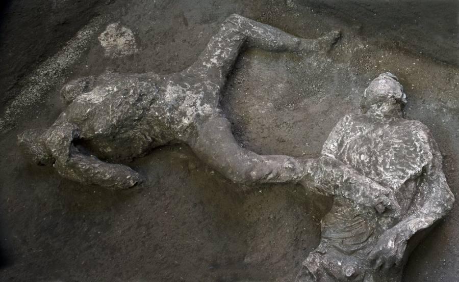 2 Jasad Penduduk Pompeii Ditemukan, Diyakini Sebagai Tuan dan Budaknya