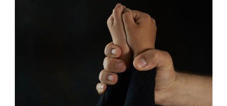 Seorang Ibu Tega Bunuh Putranya Pakai Barbel, Kubur di Rumah Kakaknya