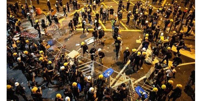 Remaja Hong Kong Dihukum 4 Bulan Penjara karena Hina Bendera China