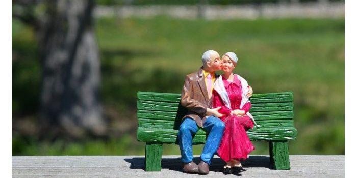 Sedih, Wanita Ini Meninggal Saat Tidur Setelah Mencium Suaminya
