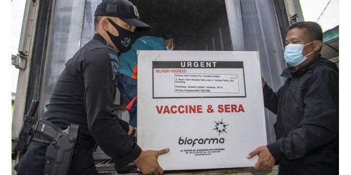 Selain Indonesia, Negara Mana yang Memakai Vaksin Covid-19 Buatan China?